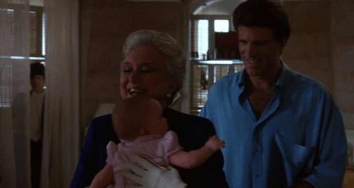 Fantasma - Tres hombres y un bebé