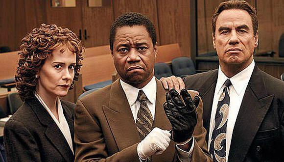 """Sarah Paulson, Cuba Gooding Jr. y John Travolta en la primera temporada de """"American Crime Story"""": la recreación del caso de O. J. Simpson."""