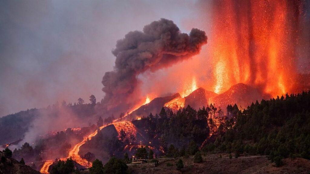 El volcán de La Palma: cualquier parecido con las películas de volcanes es pura coincidencia.